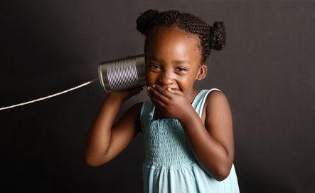 Aconnect-tips-advice-phone-funny-ideas-for-your-voicemail-message-girl-laughing-phone